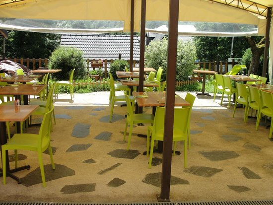 la terrasse picture of la table d 39 arconac vicdessos. Black Bedroom Furniture Sets. Home Design Ideas