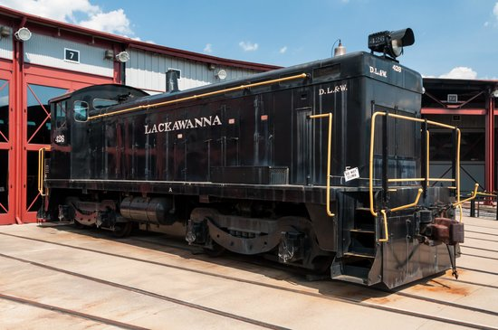Steamtown National Historic Site: DL&W - The Defunct Local Railroad