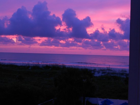Holiday Isle Oceanfront Resort : Sunrise Saturday Morning July 19, 2014