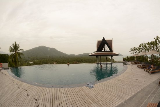 InterContinental Samui Baan Taling Ngam Resort: One Swimming Pool