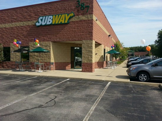 Subway: They even decorate