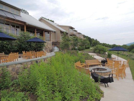 Nature Inn at Bald Eagle: Patio