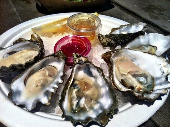 The Jolly Oyster: oysters