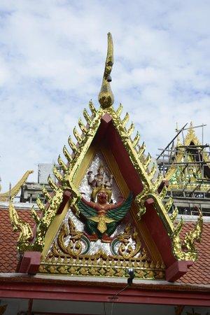 Big Buddha Temple (Wat Phra Yai) : Stucco