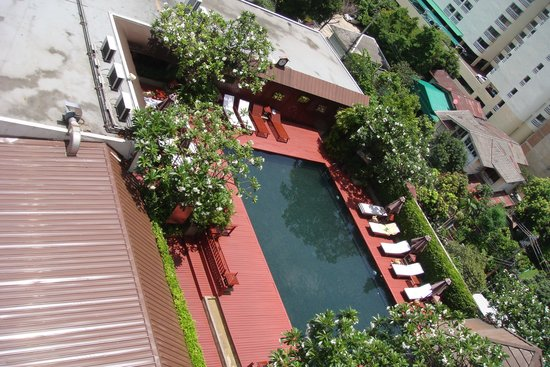 Centre Point Pratunam Hotel: the pool