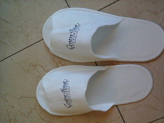 Centre Point Pratunam Hotel : the slipper