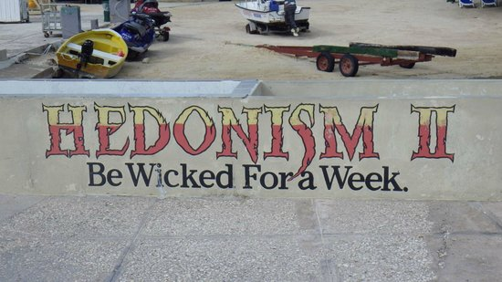 Hedonism II : Be Wicked For a Week