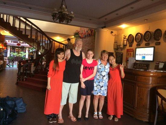 Nhi Nhi Hotel: Many thanks to all the staff.