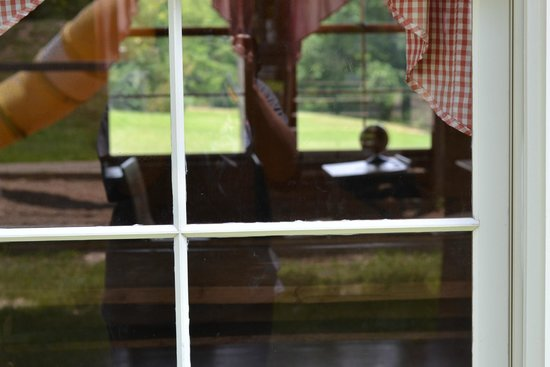 East Texas Arboretum & Botanical Society: Inside school house