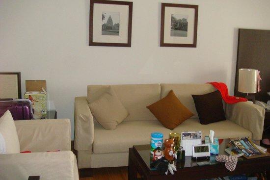 Kantary Hotel, Kabinburi : the living room studio