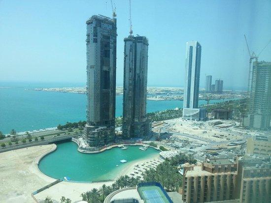 Sofitel Abu Dhabi Corniche: front view
