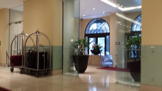 Radisson Blu Plaza Hotel Sydney: Raddison Blu Lobby