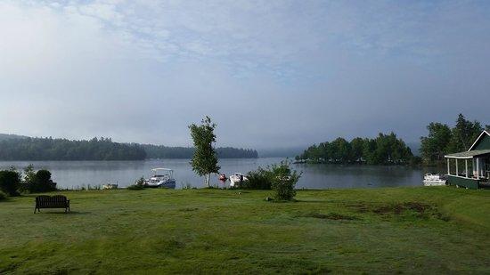 Town & Lake Motel : Morning shot