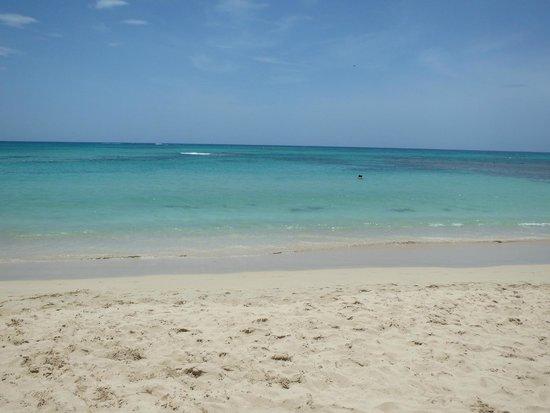 Grand Bahia Principe El Portillo : la plage el portillo....