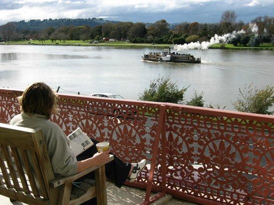 Tamara Riverside Lodge: View from Balcony