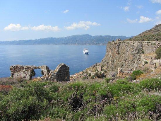 Upper Town of Monemvasia: Ruins