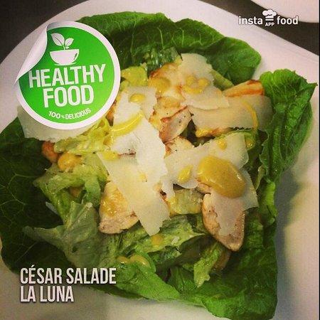 La Luna : Cesar salad