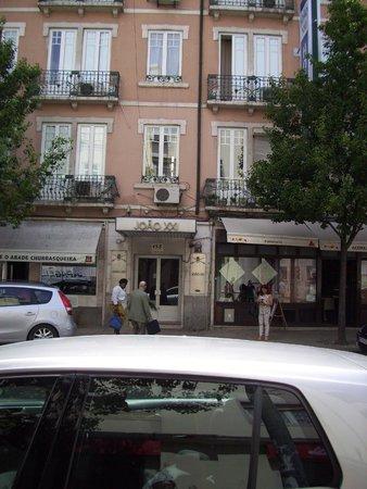 Residencial Joao XXI : Seule l'entrée est au niveau de la rue, l'hôtel est aux étages supérieurs