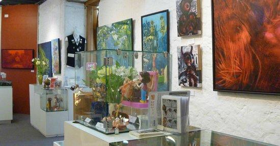Nolan Art Gallery & School