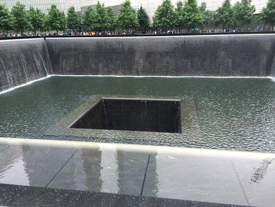 The National 9/11 Memorial & Museum: Sensação de vazio...
