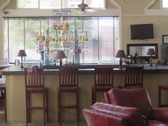 The Hotel Paisano: Restaurant/Bar