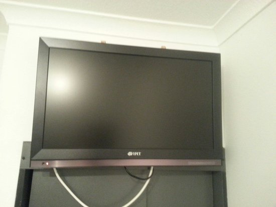 Hotel Terra: The flat screen television (did not function properly).