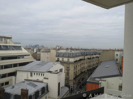 Mercure Paris Montmartre Sacre Coeur: View from our window