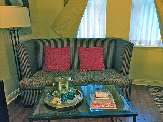 Madison Hotel: loveseat in bedroom