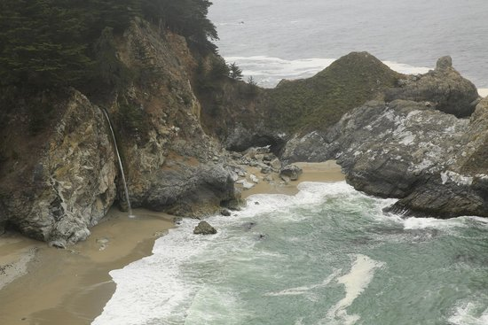 Julia Pfeiffer Burns State Park : Only Waterfall to Empty into Pacific Ocean