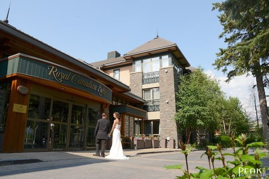 Delta Banff Royal Canadian Lodge: Our Wedding Day