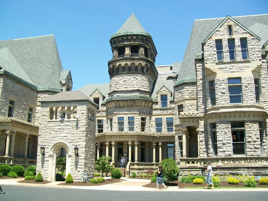 Ohio State Reformatory: Front entrance to Reformatory