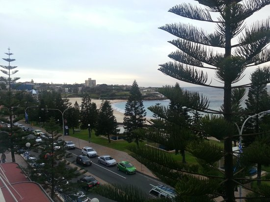 Crowne Plaza Hotel Coogee Beach - Sydney: view from the room