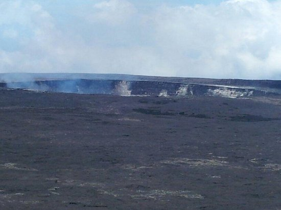Kilauea Volcano: Breath taking view of crater.
