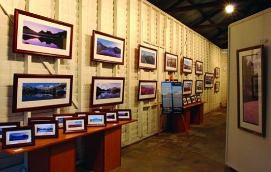 Westbury, Australien: A section inside John Temple Gallery