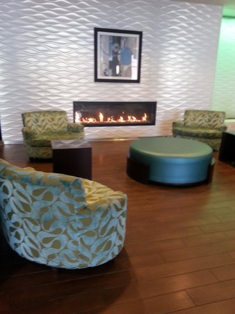 Holiday Inn Saskatoon Downtown : Lobby