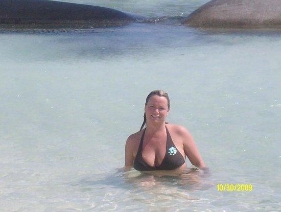 El Dorado Royale, by Karisma: Cindy loved the beach there