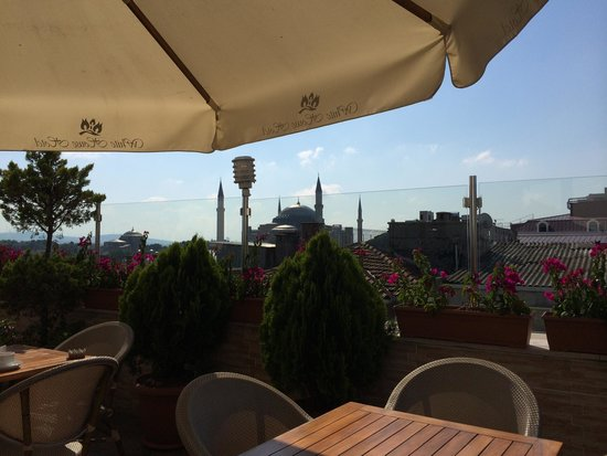 White House Hotel Istanbul: View from patio