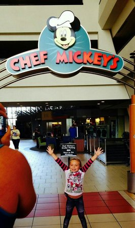Chef Mickey's : Breakfast