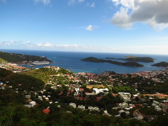 Windward Passage Hotel: View of the bay in St Thomas USVI