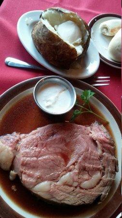 Bentley's Restaurant & Pub: 12 oz Prime Rib w/Baked Potato