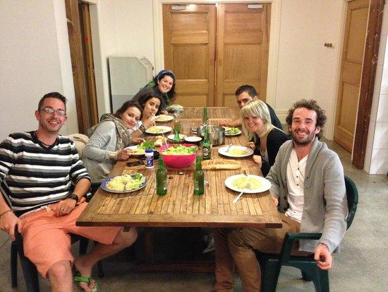 Verandahs Backpackers Lodge : Cuisine, repas convivial