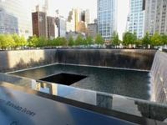 The National 9/11 Memorial & Museum: An amazining site of reflection.