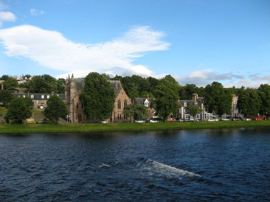 Ardross and Glencairn Guesthouse: view across river