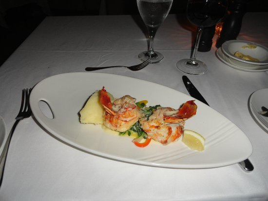 Couples Tower Isle : Lobster night @ Eight Rivers