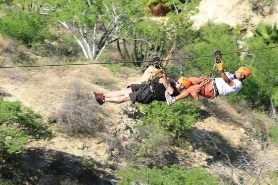 Wild Canyon Adventures: ZIPPING IN CABO