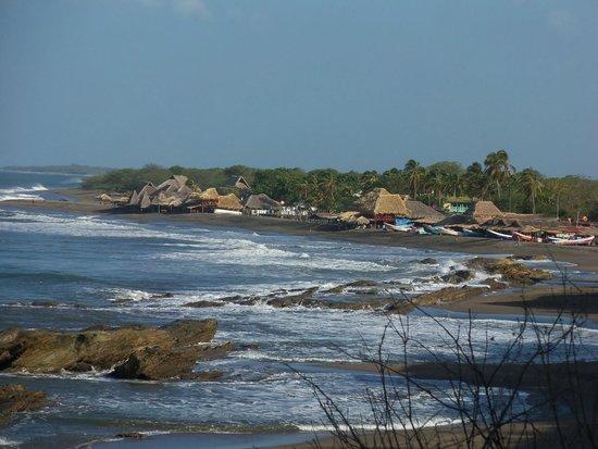 MYRINaMAR Bed & Breakfast : Das Touristenzentrum von La Boquita