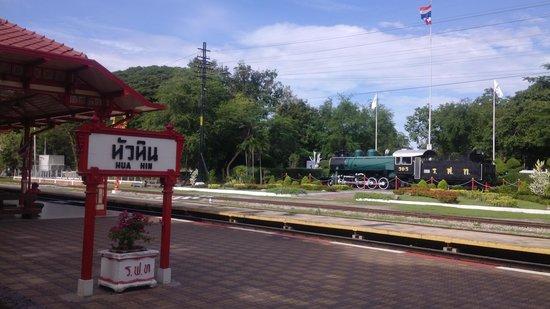 Hua Hin Railway Station: train display along rail tracks