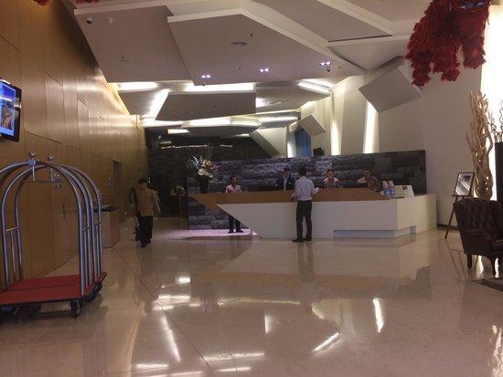PARKROYAL Serviced Suites Kuala Lumpur : Reception area