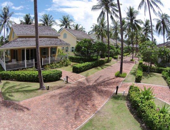 NishaVille Resort: Villas
