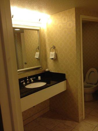 Planet Hollywood Resort & Casino: bathroom sink two
